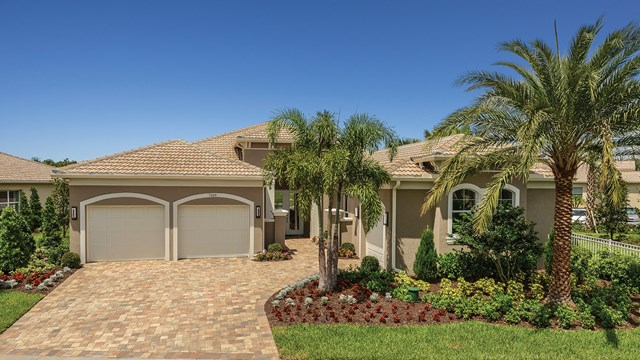 Valencia Lakes New Master Homes Community Wimaum Florida 33598